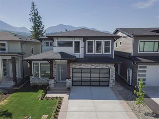 "Main Photo: 45944 BIRDIE Place in Sardis: Sardis East Vedder Rd House for sale in ""Higginson Estates"" : MLS®# R2328672"