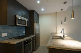 """Photo 3: 306 63 W 2ND Avenue in Vancouver: False Creek Condo for sale in """"Pinnacle Living False Creek"""" (Vancouver West)  : MLS®# R2330596"""