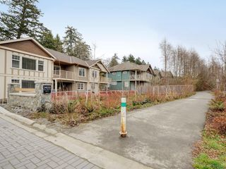 Photo 24: 2 3933 South Valley Drive in VICTORIA: SW Strawberry Vale Row/Townhouse for sale (Saanich West)  : MLS®# 405276