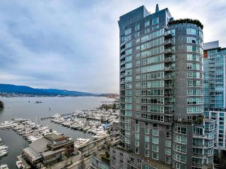 """Photo 20: 1601 560 CARDERO Street in Vancouver: Coal Harbour Condo for sale in """"THE AVILA"""" (Vancouver West)  : MLS®# R2351091"""