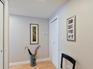 """Photo 5: 1601 560 CARDERO Street in Vancouver: Coal Harbour Condo for sale in """"THE AVILA"""" (Vancouver West)  : MLS®# R2351091"""