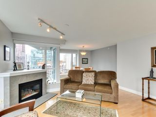"""Photo 13: 1601 560 CARDERO Street in Vancouver: Coal Harbour Condo for sale in """"THE AVILA"""" (Vancouver West)  : MLS®# R2351091"""