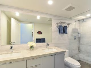 """Photo 17: 1601 560 CARDERO Street in Vancouver: Coal Harbour Condo for sale in """"THE AVILA"""" (Vancouver West)  : MLS®# R2351091"""
