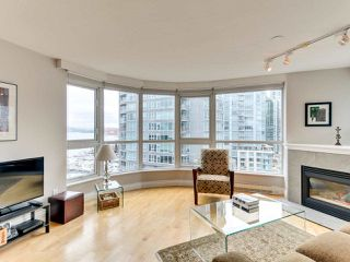 """Photo 12: 1601 560 CARDERO Street in Vancouver: Coal Harbour Condo for sale in """"THE AVILA"""" (Vancouver West)  : MLS®# R2351091"""