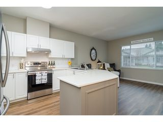 """Photo 8: 102 20655 88 Avenue in Langley: Walnut Grove Townhouse for sale in """"Twin Lakes"""" : MLS®# R2355122"""