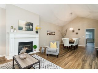"""Photo 4: 102 20655 88 Avenue in Langley: Walnut Grove Townhouse for sale in """"Twin Lakes"""" : MLS®# R2355122"""