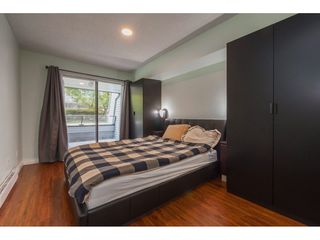 "Photo 10: 104 1341 GEORGE Street: White Rock Condo for sale in ""Oceanview"" (South Surrey White Rock)  : MLS®# R2372643"