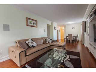 "Photo 4: 104 1341 GEORGE Street: White Rock Condo for sale in ""Oceanview"" (South Surrey White Rock)  : MLS®# R2372643"
