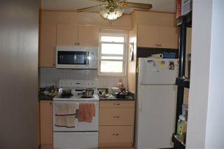Photo 4: 8520 38A Avenue in Edmonton: Zone 29 Townhouse for sale : MLS®# E4160162