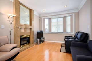 Photo 2: 8279 Hudson St in Vancouver: Marpole Home for sale ()  : MLS®# V1018238