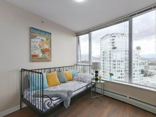 "Photo 11: 2108 58 KEEFER Place in Vancouver: Downtown VW Condo for sale in ""Firenze"" (Vancouver West)  : MLS®# R2379212"