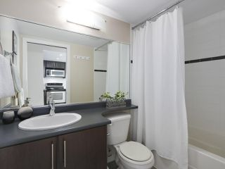 "Photo 10: 2108 58 KEEFER Place in Vancouver: Downtown VW Condo for sale in ""Firenze"" (Vancouver West)  : MLS®# R2379212"