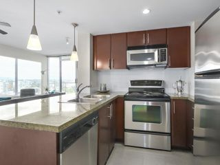 "Photo 8: 2108 58 KEEFER Place in Vancouver: Downtown VW Condo for sale in ""Firenze"" (Vancouver West)  : MLS®# R2379212"