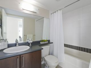 "Photo 13: 2108 58 KEEFER Place in Vancouver: Downtown VW Condo for sale in ""Firenze"" (Vancouver West)  : MLS®# R2379212"