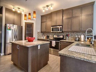 Photo 3: 18 CODETTE Way: Sherwood Park House for sale : MLS®# E4161861