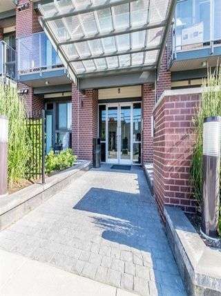 "Photo 2: 106 3080 GLADWIN Road in Abbotsford: Central Abbotsford Condo for sale in ""HUDSON LOFT"" : MLS®# R2380822"