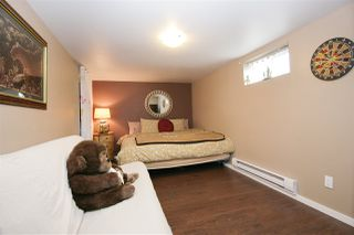 Photo 10: 9741 YOUNG Road in Chilliwack: Chilliwack N Yale-Well House for sale : MLS®# R2382240