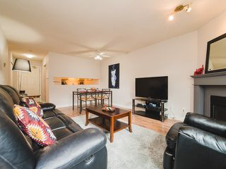 Photo 3: 101 518 THIRTEENTH Street in New Westminster: Uptown NW Condo for sale : MLS®# R2382615