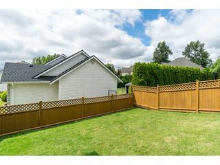 "Photo 17: 18061 68 Avenue in Surrey: Cloverdale BC House for sale in ""Cloverwoods"" (Cloverdale)  : MLS®# R2385541"