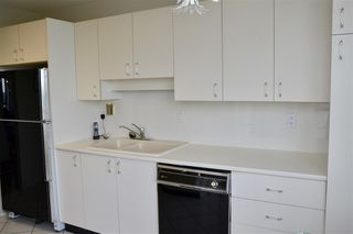 """Photo 10: 1002 2115 W 40TH Avenue in Vancouver: Kerrisdale Condo for sale in """"THE REGENCY"""" (Vancouver West)  : MLS®# R2386272"""