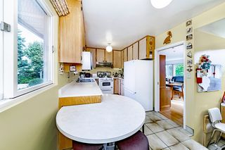 "Photo 14: 8755 CREST Drive in Burnaby: The Crest House for sale in ""Cariboo-Cumberland"" (Burnaby East)  : MLS®# R2396687"