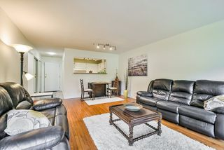 "Photo 15: 106 14950 THRIFT Avenue: White Rock Condo for sale in ""Monteray"" (South Surrey White Rock)  : MLS®# R2405198"