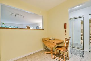 "Photo 5: 106 14950 THRIFT Avenue: White Rock Condo for sale in ""Monteray"" (South Surrey White Rock)  : MLS®# R2405198"
