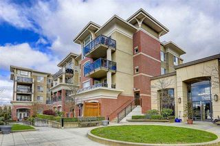 """Photo 2: 216 2970 KING GEORGE Boulevard in Surrey: King George Corridor Condo for sale in """"THE WATERMARK"""" (South Surrey White Rock)  : MLS®# R2413788"""
