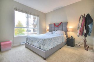 """Photo 8: 216 2970 KING GEORGE Boulevard in Surrey: King George Corridor Condo for sale in """"THE WATERMARK"""" (South Surrey White Rock)  : MLS®# R2413788"""