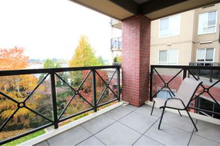 """Photo 10: 216 2970 KING GEORGE Boulevard in Surrey: King George Corridor Condo for sale in """"THE WATERMARK"""" (South Surrey White Rock)  : MLS®# R2413788"""