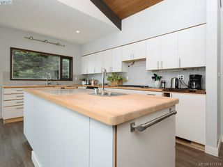 Photo 10: 4755 Carloss Place in VICTORIA: SE Cordova Bay Single Family Detached for sale (Saanich East)  : MLS®# 417174