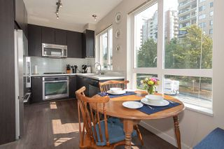 "Photo 5: 208 717 CHESTERFIELD Avenue in North Vancouver: Central Lonsdale Condo for sale in ""QUEEN MARY"" : MLS®# R2447588"