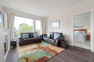 """Photo 3: 208 717 CHESTERFIELD Avenue in North Vancouver: Central Lonsdale Condo for sale in """"QUEEN MARY"""" : MLS®# R2447588"""