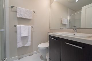 "Photo 12: 208 717 CHESTERFIELD Avenue in North Vancouver: Central Lonsdale Condo for sale in ""QUEEN MARY"" : MLS®# R2447588"