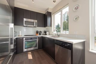 "Photo 7: 208 717 CHESTERFIELD Avenue in North Vancouver: Central Lonsdale Condo for sale in ""QUEEN MARY"" : MLS®# R2447588"