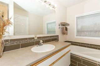 Photo 21: 9749 90 Avenue in Edmonton: Zone 15 House for sale : MLS®# E4197454