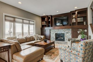 Photo 11: 38 Elmont Estates Manor SW in Calgary: Springbank Hill Detached for sale : MLS®# C4293332
