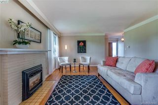 Photo 4: 3901 Stamboul St in VICTORIA: SE Mt Tolmie House for sale (Saanich East)  : MLS®# 841006