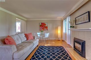 Photo 6: 3901 Stamboul St in VICTORIA: SE Mt Tolmie House for sale (Saanich East)  : MLS®# 841006