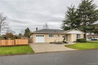 Photo 18: 3901 Stamboul St in VICTORIA: SE Mt Tolmie House for sale (Saanich East)  : MLS®# 841006
