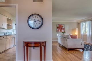Photo 2: 3901 Stamboul St in VICTORIA: SE Mt Tolmie House for sale (Saanich East)  : MLS®# 841006