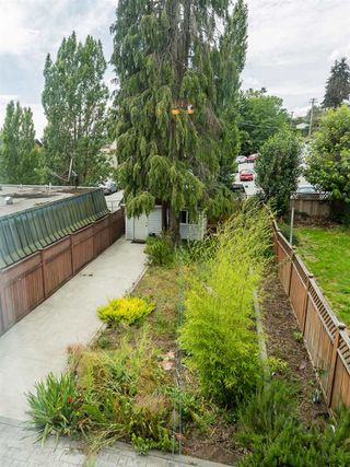 Photo 18: 204 ALLARD Street in Coquitlam: Maillardville House 1/2 Duplex for sale : MLS®# R2475868