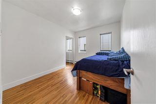 """Photo 10: 8 121 E 18TH Street in North Vancouver: Central Lonsdale Condo for sale in """"THE ROSELLA"""" : MLS®# R2486996"""