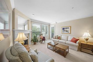 "Photo 8: 301 1576 MERKLIN Street: White Rock Condo for sale in ""The Embassy"" (South Surrey White Rock)  : MLS®# R2494325"