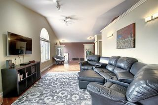 Photo 12: 305 Lakeside Greens Crescent: Chestermere Detached for sale : MLS®# A1036739