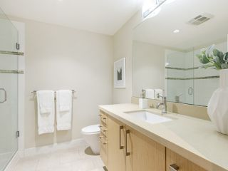 """Photo 9: 506 1833 CROWE Street in Vancouver: False Creek Condo for sale in """"The Foundry"""" (Vancouver West)  : MLS®# R2513678"""