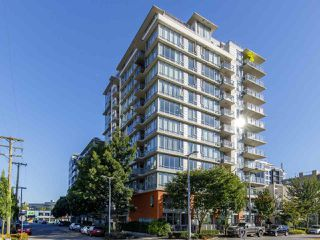 """Photo 1: 506 1833 CROWE Street in Vancouver: False Creek Condo for sale in """"The Foundry"""" (Vancouver West)  : MLS®# R2513678"""