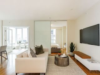"""Photo 10: 506 1833 CROWE Street in Vancouver: False Creek Condo for sale in """"The Foundry"""" (Vancouver West)  : MLS®# R2513678"""
