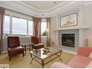 "Photo 3: 12784 SOUTHRIDGE Drive in Surrey: Panorama Ridge House for sale in ""Panorama Ridge"" : MLS®# F1117310"