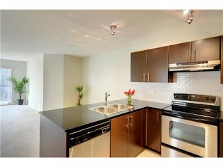 "Photo 4: # 428 1633 MACKAY AV in North Vancouver: Pemberton NV Condo for sale in ""TOUCHSTONE"" : MLS®# V903804"